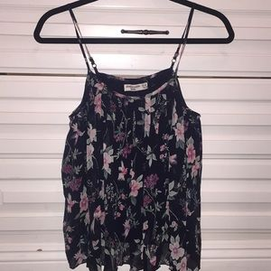 Abercrombie kids blousy pleated spring floral top